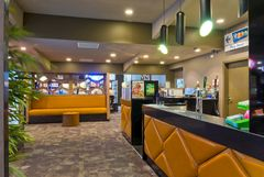 Morwell Bowling Club Renovations 2013 New Bar and Lounge Area Photograph 3